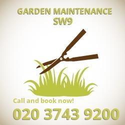 Oval garden lawn maintenance SW9